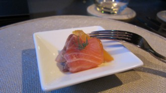 http://www.comfortablelife.asia/images/2011/06/ARMANI-Ristorante-GINZA_38-330x185.jpg
