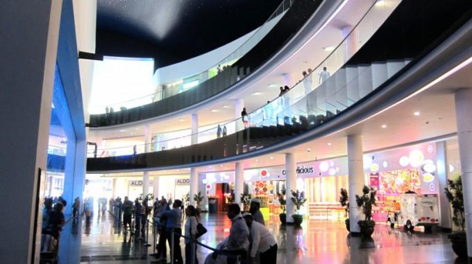 http://www.comfortablelife.asia/images/2011/07/20-DubaiAquarium_027-680x381.jpg