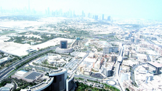 http://www.comfortablelife.asia/images/2011/09/05-Heli-Dubai_062-680x381.jpg