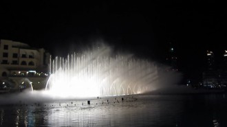 http://www.comfortablelife.asia/images/2011/09/16-Fountain-Show_010-330x185.jpg