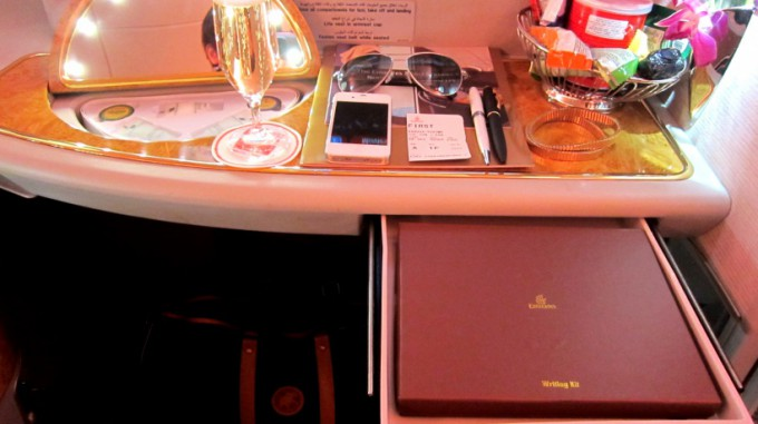 http://www.comfortablelife.asia/images/2012/01/A380-800PrivateSuite2011_20-680x381.jpg