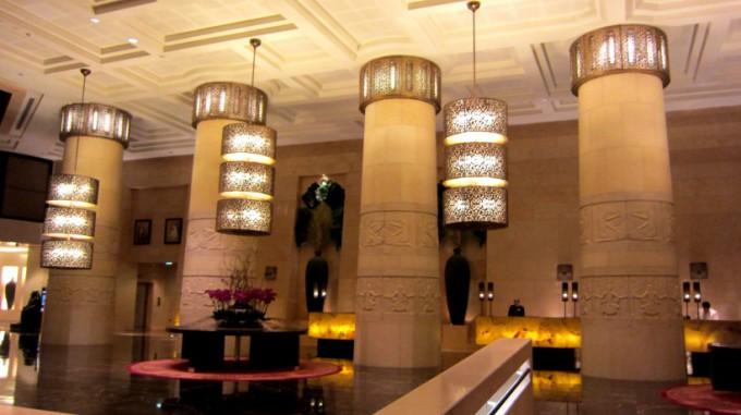 http://www.comfortablelife.asia/images/2012/05/Raffles.Dubai_.2011A_10-680x381.jpg