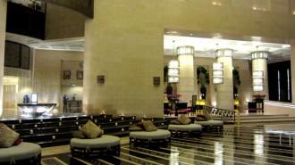 http://www.comfortablelife.asia/images/2012/05/Raffles.Dubai_.2011A_16-330x185.jpg