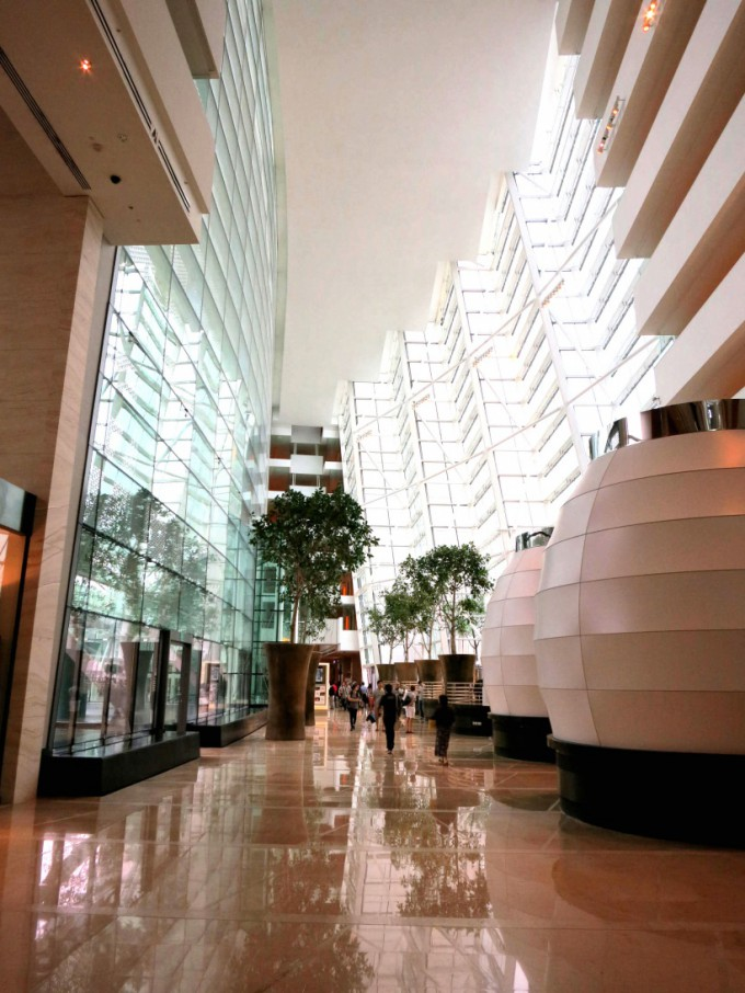 http://www.comfortablelife.asia/images/2012/07/SandsSuite.2012_111-680x906.jpg