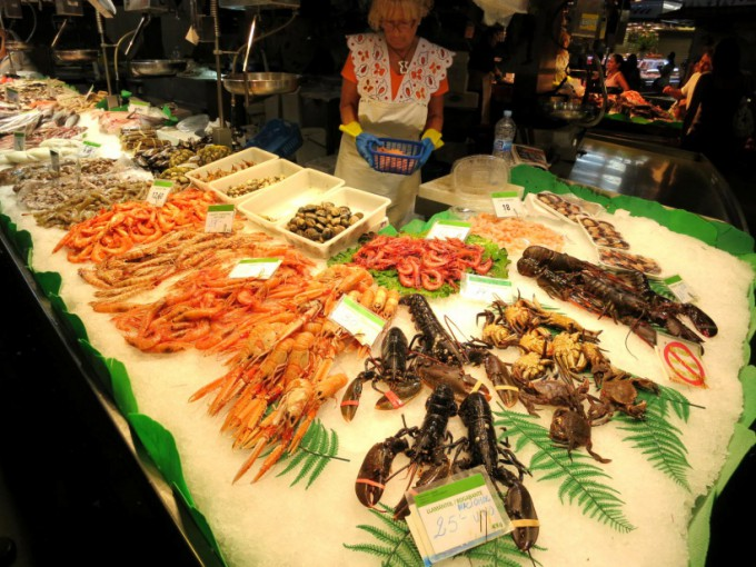 http://www.comfortablelife.asia/images/2013/06/La-Rambla.2012_34-680x510.jpg