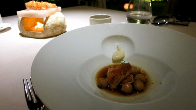 http://www.comfortablelife.asia/images/2013/07/Abac_Restaurant_22-680x382.jpg