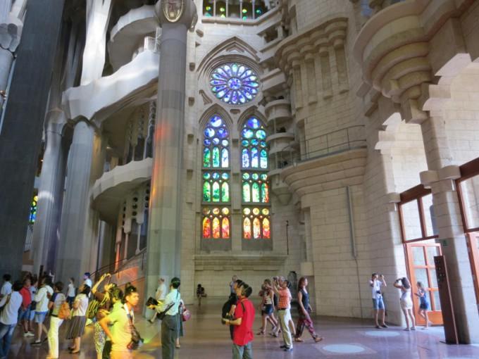 http://www.comfortablelife.asia/images/2013/09/Sagrada-Familia.2012_43-680x510.jpg
