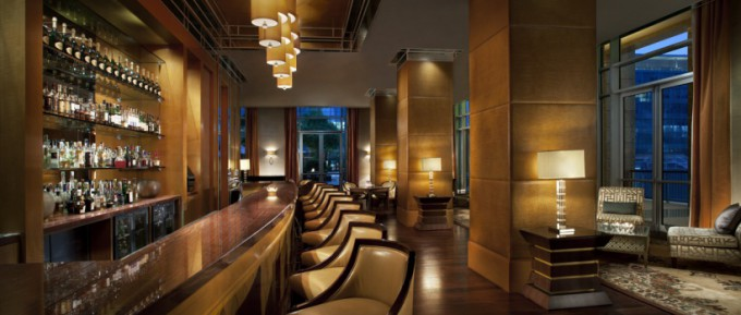 http://www.comfortablelife.asia/images/2013/10/Ritz_Dubai_Intl_Fin_Ctr_00074_Lounge.and_.Bar_-680x289.jpg