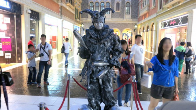 http://www.comfortablelife.asia/images/2014/01/The-Venetian-Macao.2013_16-680x382.jpg