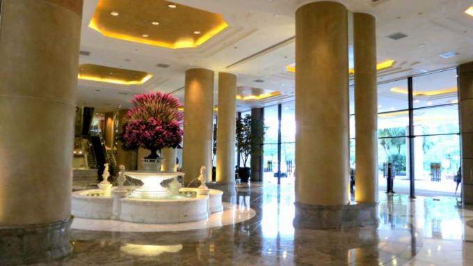 http://www.comfortablelife.asia/images/2014/03/Grand-Hyatt-Taipei.2013_13-680x382.jpg
