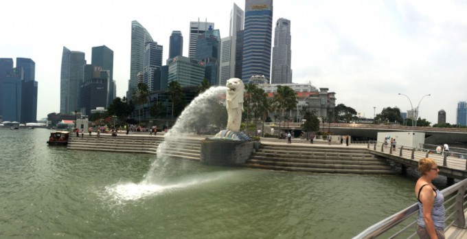 http://www.comfortablelife.asia/images/2014/07/Marina-Bay-Panorama_02-680x348.jpg