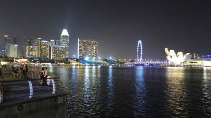 http://www.comfortablelife.asia/images/2014/08/Marina-Bay_Sin.2014_07-680x382.jpg