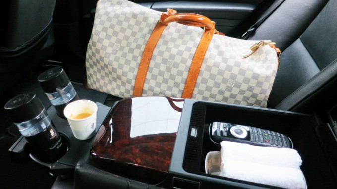 http://www.comfortablelife.asia/images/2015/04/Airport-Transfer_012-680x382.jpg