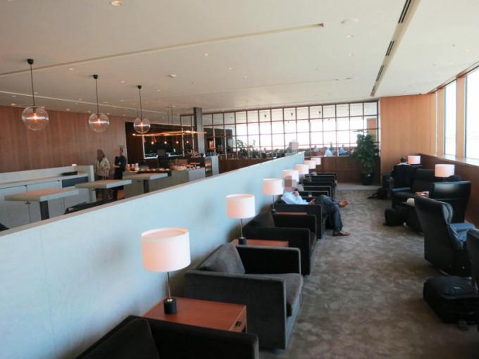CX-Business class Lounge_103