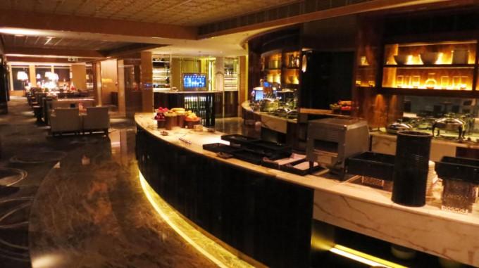 http://www.comfortablelife.asia/images/2015/05/Ritz-Carlton-Club_056-680x381.jpg
