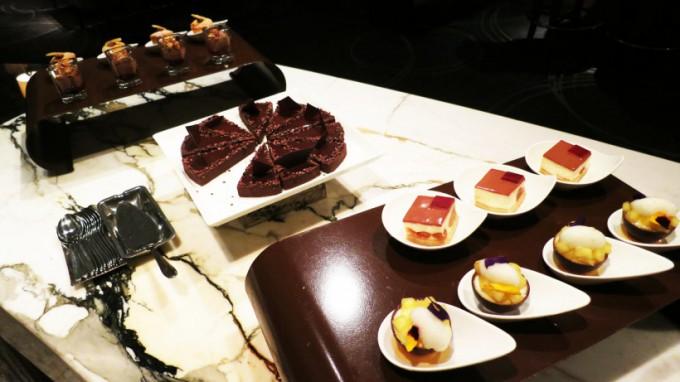 The Ritz Carlton Lounge_012