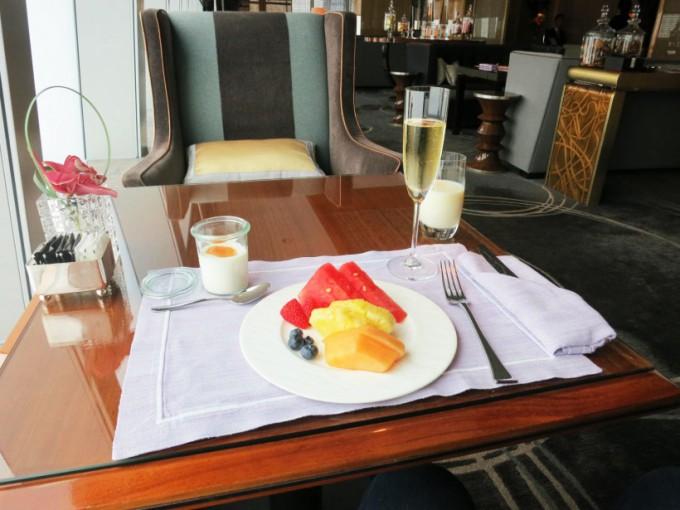 The Ritz Carlton Lounge_019