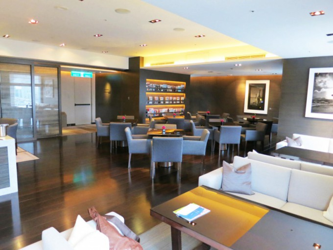 Le Meridien Club Lounge_006