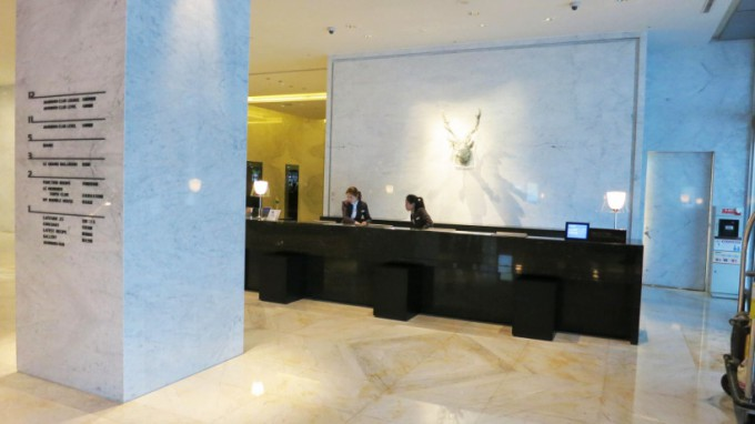 http://www.comfortablelife.asia/images/2015/09/Le-Meridien-Taipei-Entrance_004-680x382.jpg