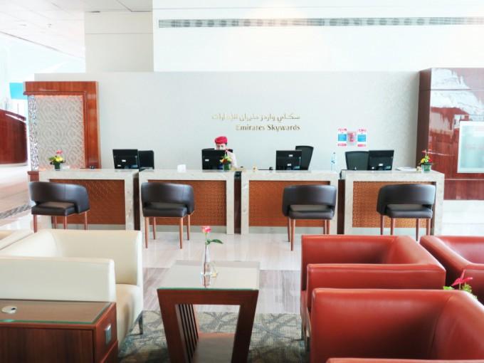 http://www.comfortablelife.asia/images/2016/04/Emirates-BC-Lounge2016_24-680x510.jpg