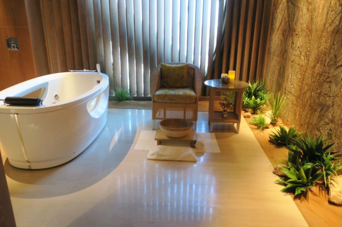 http://www.comfortablelife.asia/images/2017/02/04_Rayana-spa115-680x452.jpg